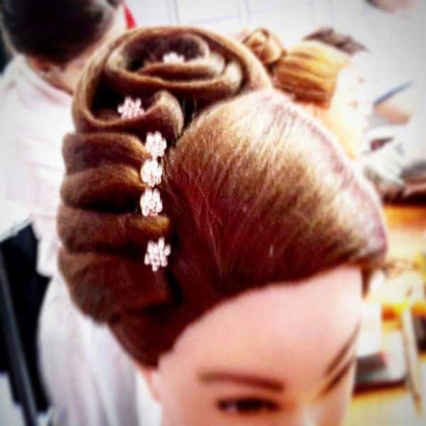آموزش شینیون عروس - آموزش شینیون خطی -آموزش شینیون دخترانه -آموزش شینیون موی کوتاه - آموزش شینیون فر باز