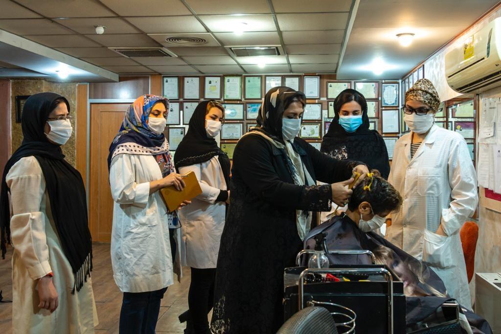 هنرجوهای آموزشگاه آرایشگری زنانه خوش ذوق