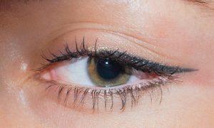 میکروپیگمنتیشن چشم ، میکروپیگمنتیشن مژه