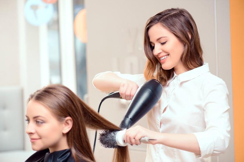 سه راه موفقیت در کسب و کار آرایشگری زنانه