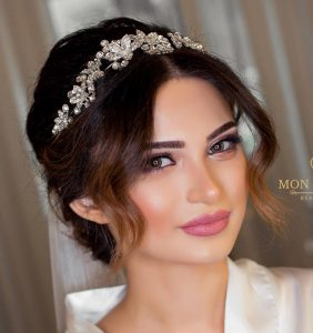 کلاس آموزش خودآرایی ، خودآرایی صورت برای عروسی ، خودآرایی به روش ساده