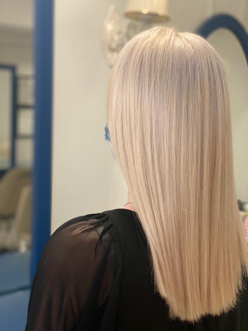 آمورشگاه رنگ مو ، متخصص رنگ مو ، رنگ مو کرم کارملی